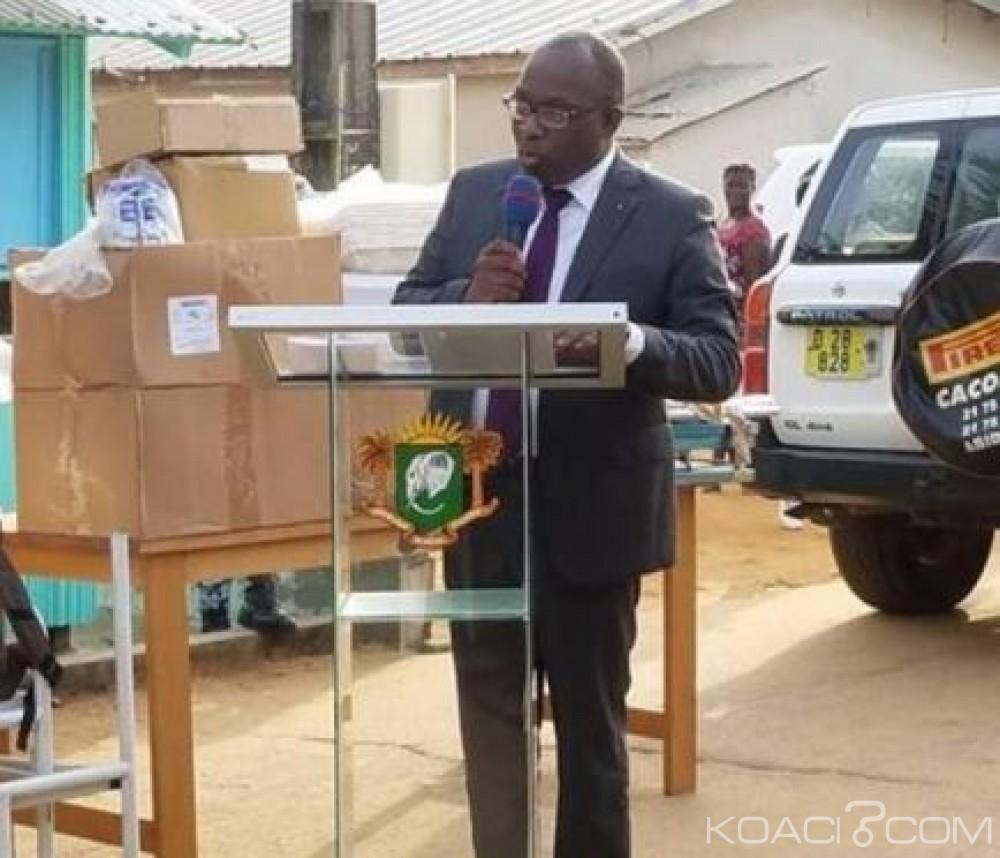 Côte d'ivoire : Le maire élu d'Assinie appelle à l'union et à la solidarité de tous les fils et filles et fait don d'un important matériel médical