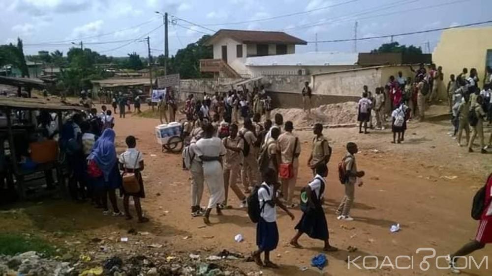 Côte d'Ivoire: À Sinfra, les cours perturbés, les élèves se mettent volontairement en congé