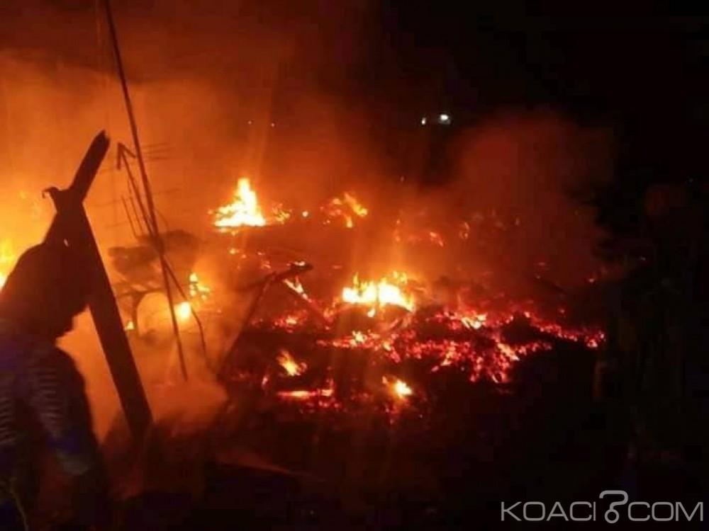 Côte d'Ivoire : À la veille des fêtes de fin d'année, le grand marché de Danané part en feu, les habitants remplacent les pompiers