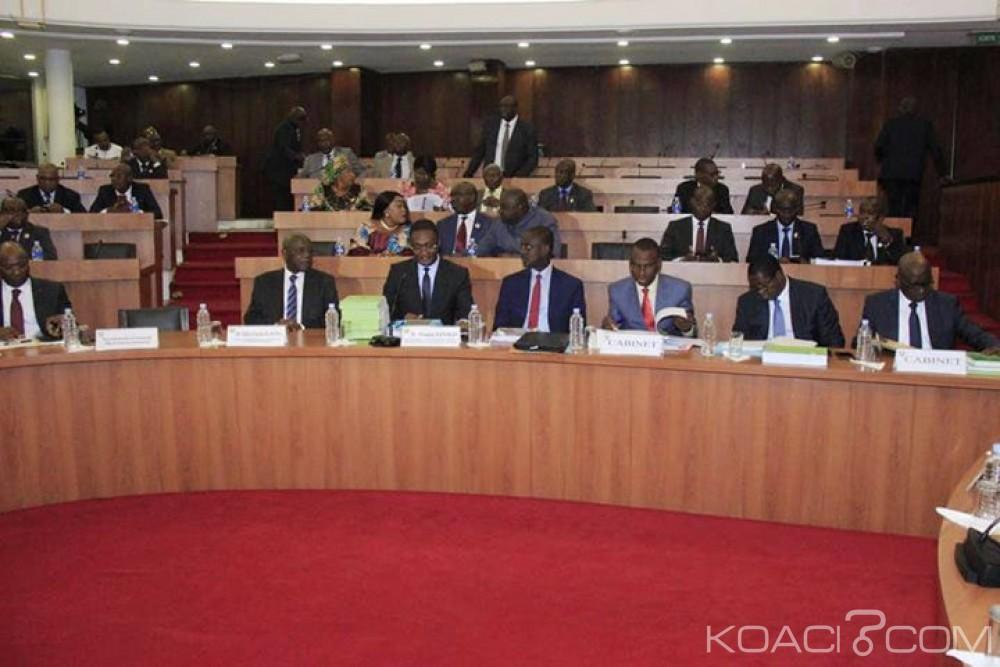 Côte d'Ivoire : Le Budget 2019 adopté en commission, s'équilibre en ressources et en charges à plus de 7334 milliards de FCFA en hausse de 8,6%, une hausse des charges de personnel