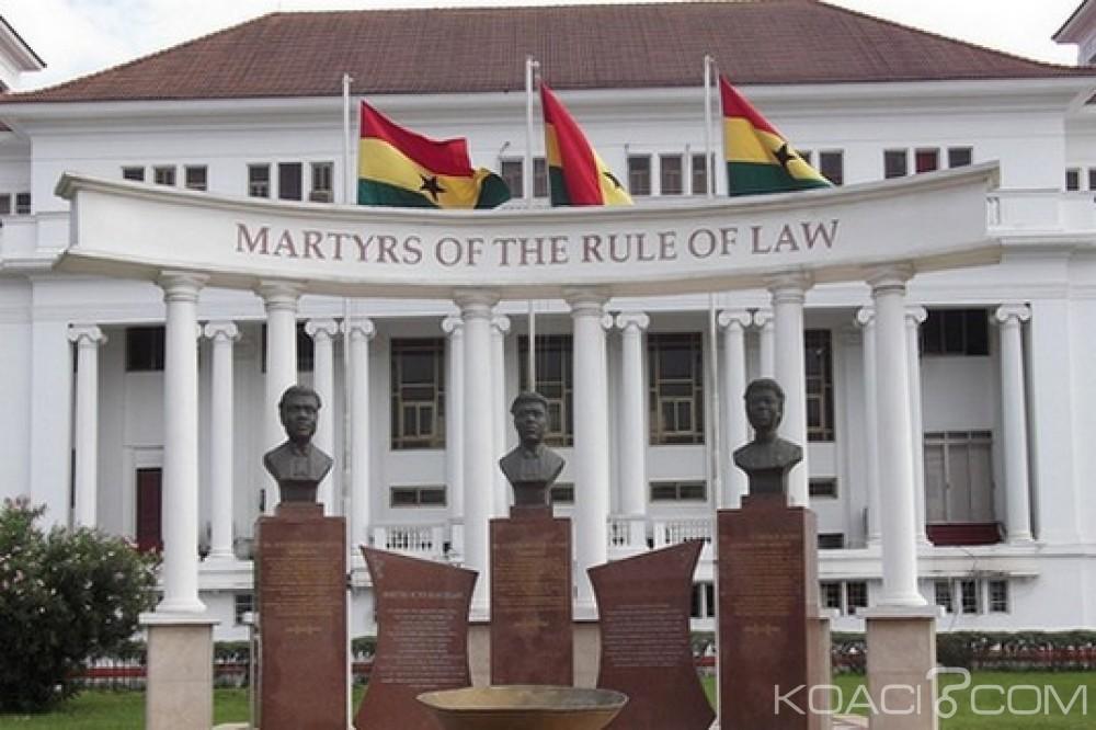 Ghana : Trois juges de la Haute Cour limogés