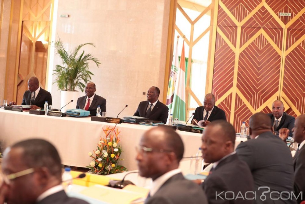 Côte d'Ivoire :  L'incompatibilité entre la fonction de président de Conseil régional et de ministre levée