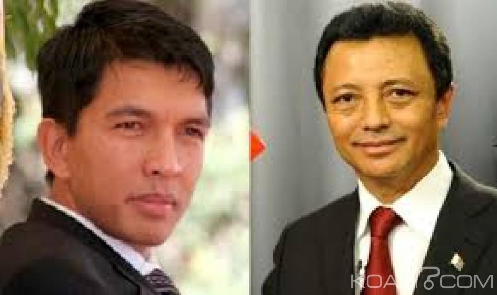 Madagascar: Jour de vote, la bataille des deux ex-présidents Ravalomanana et Rajoelina lancée