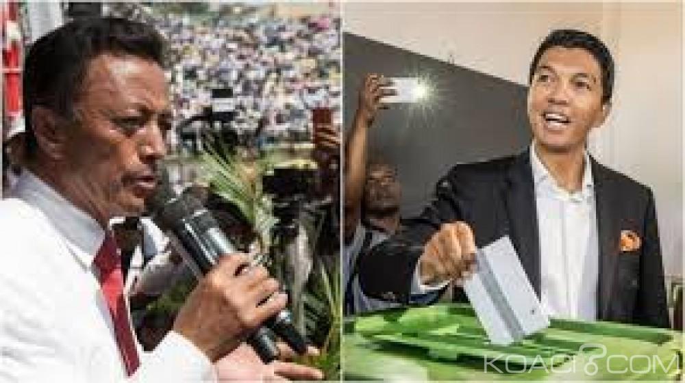 Madagascar : Présidentielle, les deux finalistes convaincus d'avoir remporté la victoire, la CENI appelle à la patience