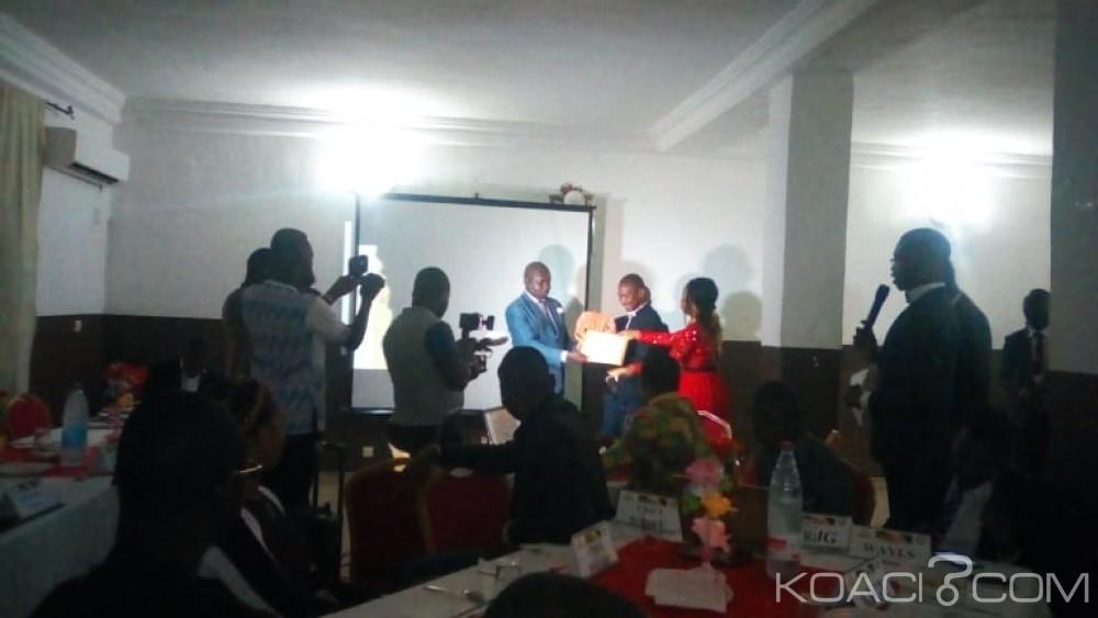 Côte d'Ivoire : Bouaké, récompensant les meilleurs acteurs, une structure de jeunes appelle la jeunesse au travail et promet éradiquer l'incivisme