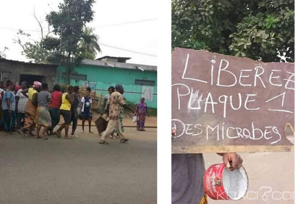 Côte d'Ivoire : Abobo-Gare, des habitants du quartier Plaque 1 manifestent contre les «Microbes» qui sèment la terreur en cette fin d'année