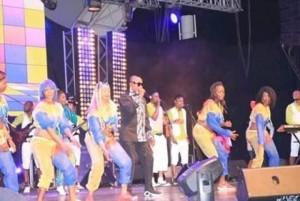 Côte d'Ivoire : Trois ans après, le retour à Abidjan de Koffi Olomidé pour un concert « Méa Culpa », une salle à 70% pleine