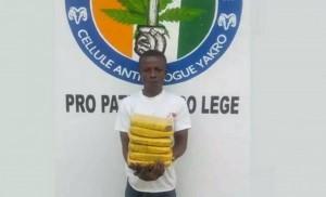Côte d'Ivoire : Croyant avoir bien caché son colis, un convoyeur attrapé avec une grande quantité de drogue