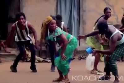 Flora la Guerrière - Akobo Poussiere - Ghana New style