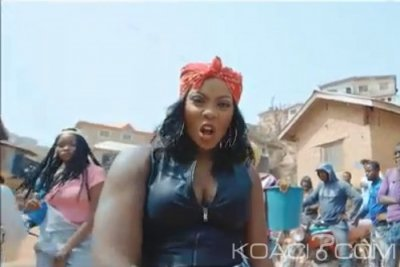Tiwa Savage ft. Olamide - Standing Ovation - Togo