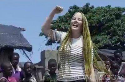 Linnéa La Suedoise - Africa Dansez Ft. Arafat Dj - Togo