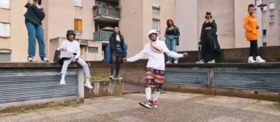 D14 - LA NIKE EST BALAISE - Rap