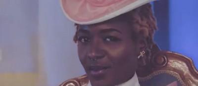 OSHIGA  -  Belle et Cervellée - Tendance Bénin