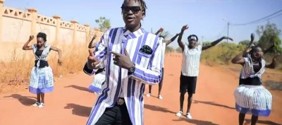 Floby - Zougin Zabda ( YouTRACE ) - YouTube - Burkina Faso