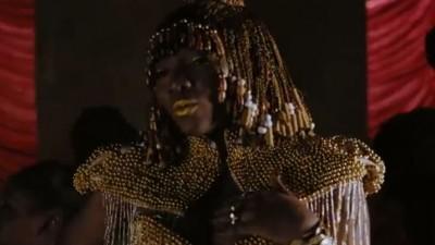 Simi - Woman - Togo