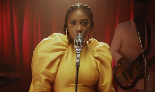 Tiwa Savage - Park Well ft. Davido